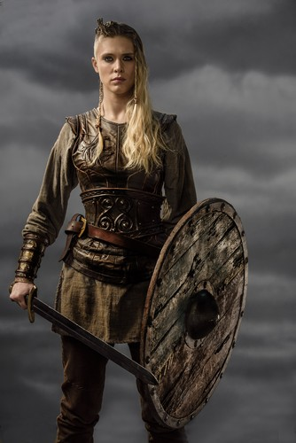 Vikings (TV Series) karatasi la kupamba ukuta entitled Vikings Porunn Season 3 Official Picture
