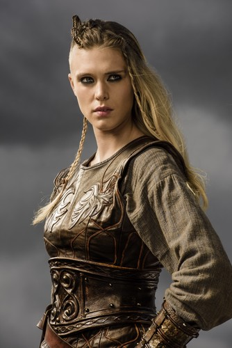 Vikings (serie tv) wallpaper with a breastplate entitled Vikings Porunn Season 3 Official Picture