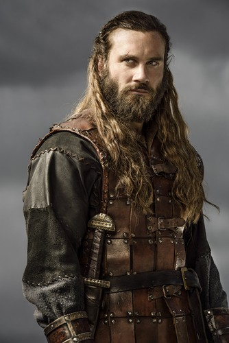 vikingos (serie de televisión) fondo de pantalla probably containing a breastplate, a brigandine, and a sobreveste, sobretodo, cota de entitled Vikings Rollo Season 3 Official Picture