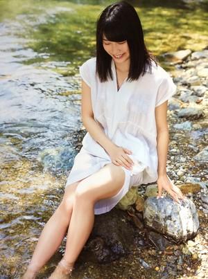 Yokoyama Yui 1st Photobook: Yuihan