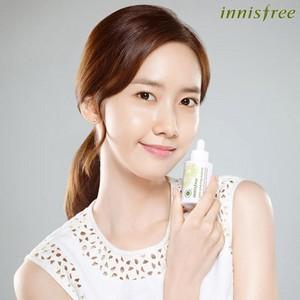 Yoona-Innisfree HongKong