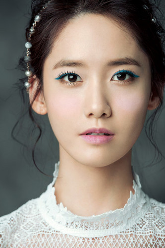 Girls Generation/SNSD wallpaper probably with a portrait entitled Yoona for ELLE Korea April 2015