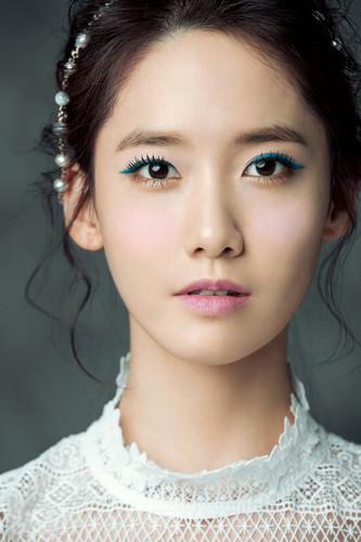 Im yoonA fond d'écran probably containing a portrait titled Yoona for ELLE Korea April 2015