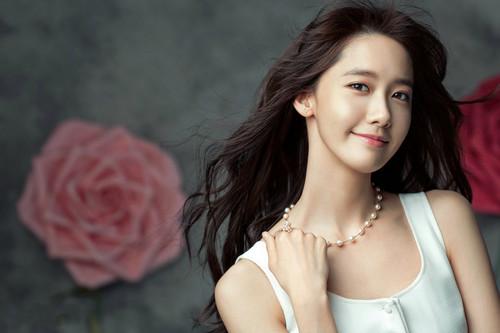 Im yoonA fond d'écran containing a portrait entitled Yoona for ELLE Korea April 2015
