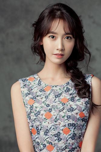 Im yoonA fond d'écran titled Yoona for ELLE Korea April 2015