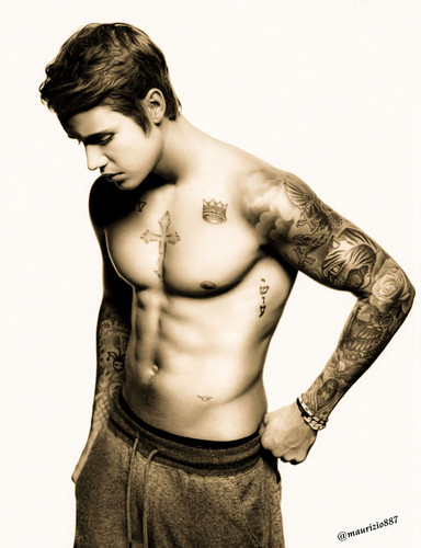 Justin Bieber wallpaper containing a hunk and skin entitled justin bieber 2015