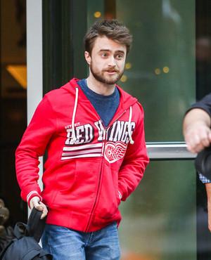 (Exclusive) Daniel Radcliffe Spotted in NYC! (Fb.com/DanieljacobRadcliffeFanClub)
