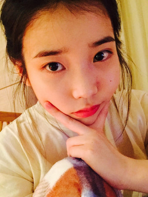 [FROM.IU] 150328 Hello?