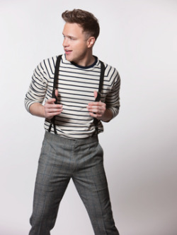 Olly Murs karatasi la kupamba ukuta with bellbottom trousers and a pantleg entitled Faze Magazine
