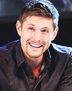 ★ Jensen Ackles ★