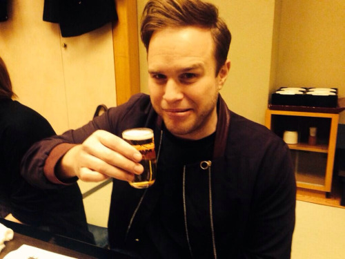 Olly Murs Hintergrund containing a coffee break called Olly Murs