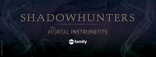 Shadowhunters TV Zeigen Hintergrund probably containing a sign entitled 'Shadowhunters' official logo