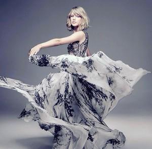 ✦ Taylor pantas, swift ✦