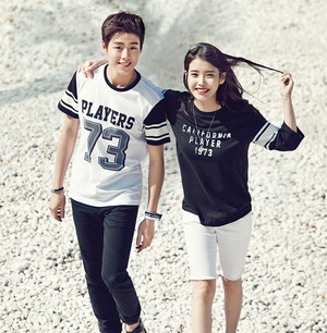 150417 IU and Hyun Woo for UNIONBAY Summer 2015 collection catalog update
