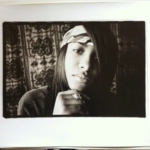 Aaliyah photographed by Eddie Otchere ♥