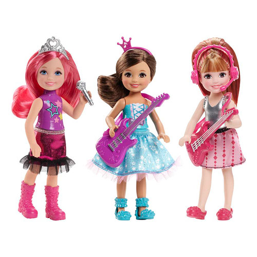 Barbie فلمیں پیپر وال containing a کاک, کاکٹیل dress and a فراک, چغا called Barbie in Rock'n Royals Chelsea Doll Case