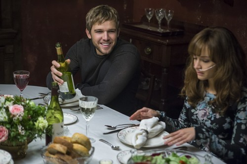 "Bates Motel karatasi la kupamba ukuta containing a dinner, a holiday dinner, and a chajio, chakula cha jioni meza, jedwali titled Bates Motel ""The Last Supper"" (3x07) promotional picture"