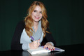 Bella Thorne at her 'Autumn Falls' book signing at Barnes  - bella-thorne photo