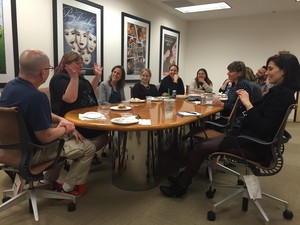 Cassandra Clare meets with the 'Shadowhunters' showrunners
