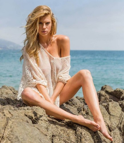 charlotte McKinney wolpeyper possibly containing skin and a portrait entitled charlotte McKinney