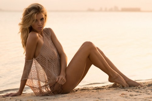 charlotte McKinney wallpaper containing a maillot called charlotte McKinney