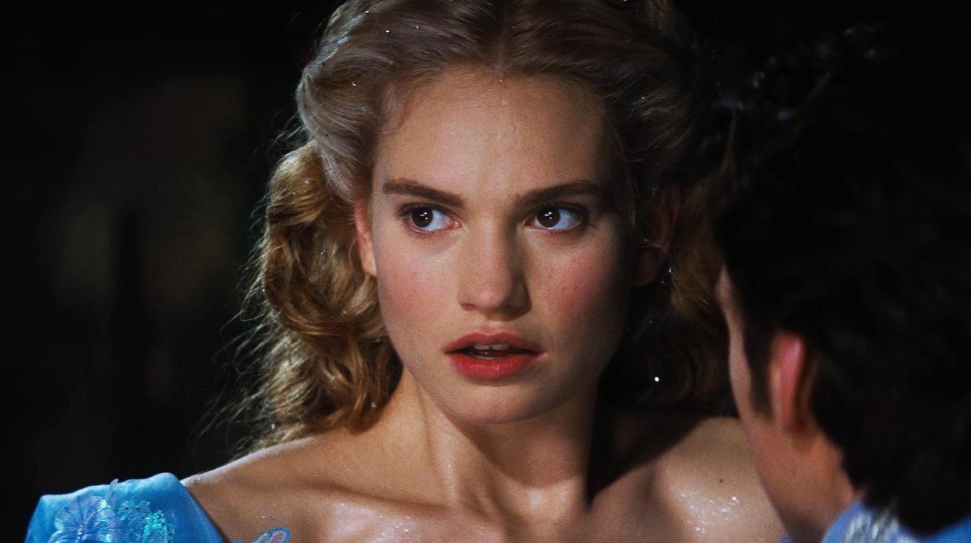 фото красивых актрис золушек публикуются после