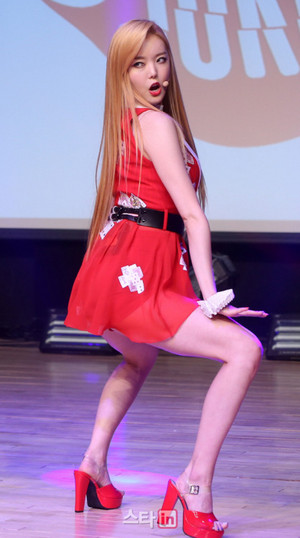"Dal★Shabet Serri ""JOKER IS ALIVE"" Showcase"