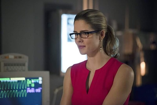 Felicity Smoak kertas dinding entitled Felicity Smoak