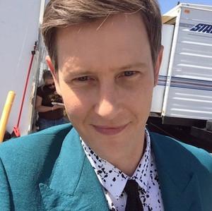 Gabriel Mann selfie