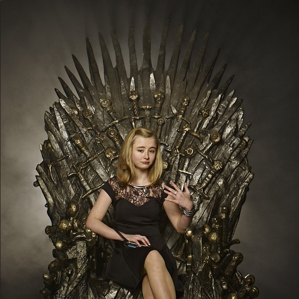 game of thrones watch maisie williams and sophie turner