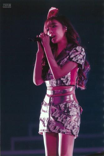 Tiffany Hwang wallpaper entitled Girls Generation Tiffany The Best Live at Tokyo Dome