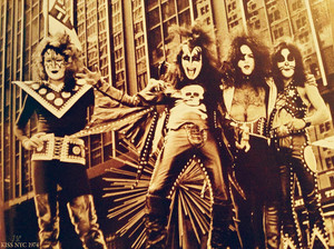 किस 1974