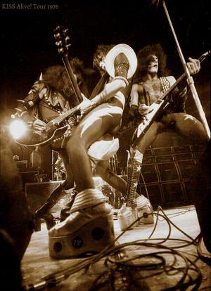 किस Alive! Tour 1976