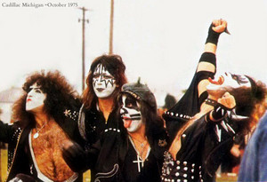 KISS ~Cadillac Michigan October 1975
