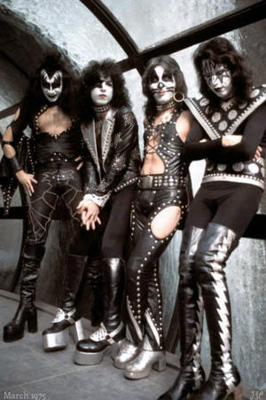 KISS ~New York City…March 1975