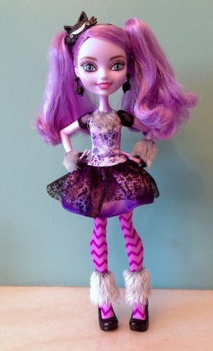 Ever After High wallpaper entitled Kitty Cheshire doll