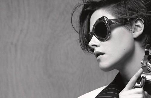 Kristen Stewart wallpaper with sunglasses called Kristen Stewart for Chanel Eyewear, Spring 2015