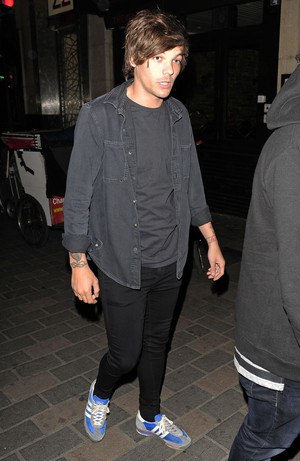 Louis leaving Cirque nightclub