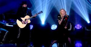 "Madonna performing on Ellen ""Joan of arc"""