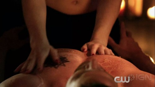 Oliver & Felicity Hintergrund entitled Oliver and Felicity Finally!!!!!!!!!!!!!! <3 <3 <3