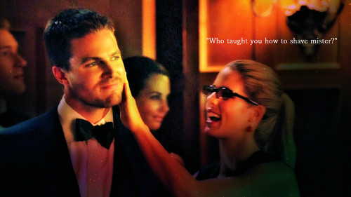 Oliver & Felicity wallpaper called Oliver and Felicity Wallpaper