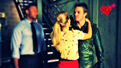 Oliver & Felicity Hintergrund probably with a straße and long trousers called Oliver and Felicity Hintergrund
