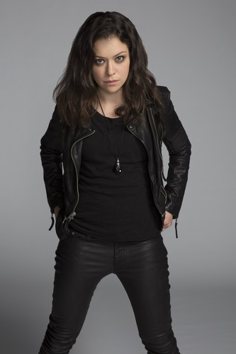 ulila itim wolpeyper containing a legging, a well dressed person, and bellbottom trousers titled Orphan Black Sarah Manning Season 3 Official Picture