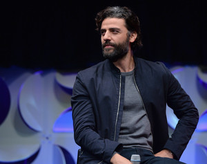 Oscar Isaac at The estrella Wars Celebration