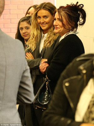 Perrie with Trisha and Zayn's sisters