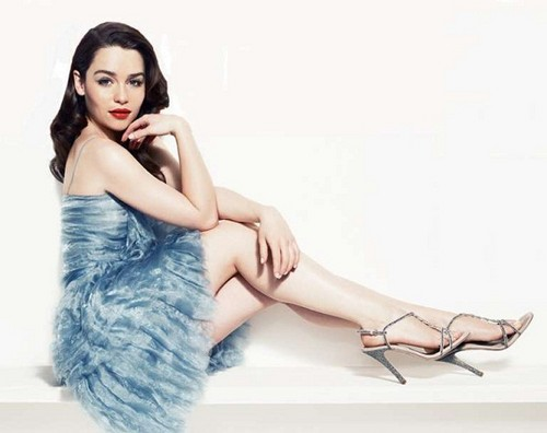 Emilia Clarke achtergrond possibly with a cocktail dress called Photoshoot