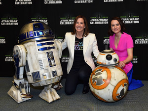R2D2 BB-8 and margarita Ridley at The estrella Wars Celebration