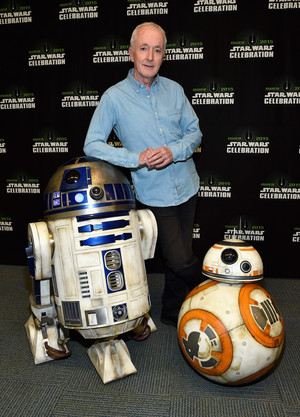 R2D2 and BB-8 at The سٹار, ستارہ Wars Celebration