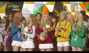 Red Velvet first win