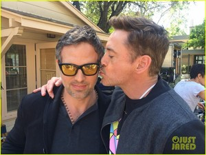 Robert Downey Jr., Chris Hemsworth